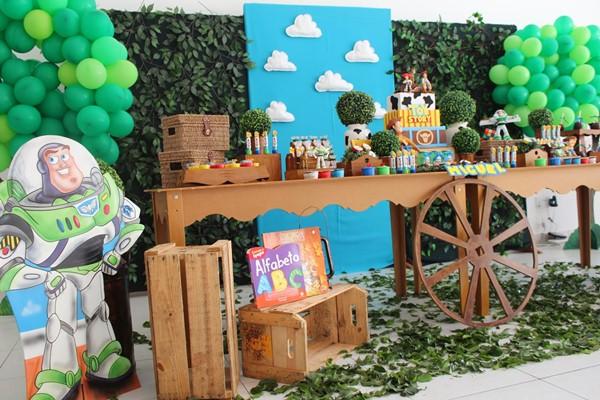 Aniversario Toy Story 5-vert