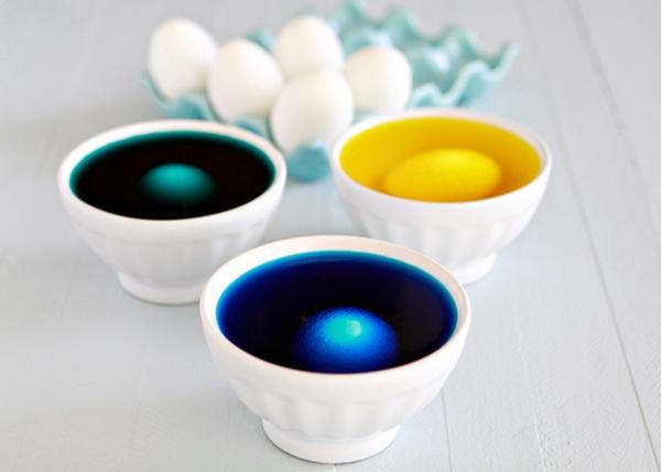como tingir casca de ovo para pascoa  4